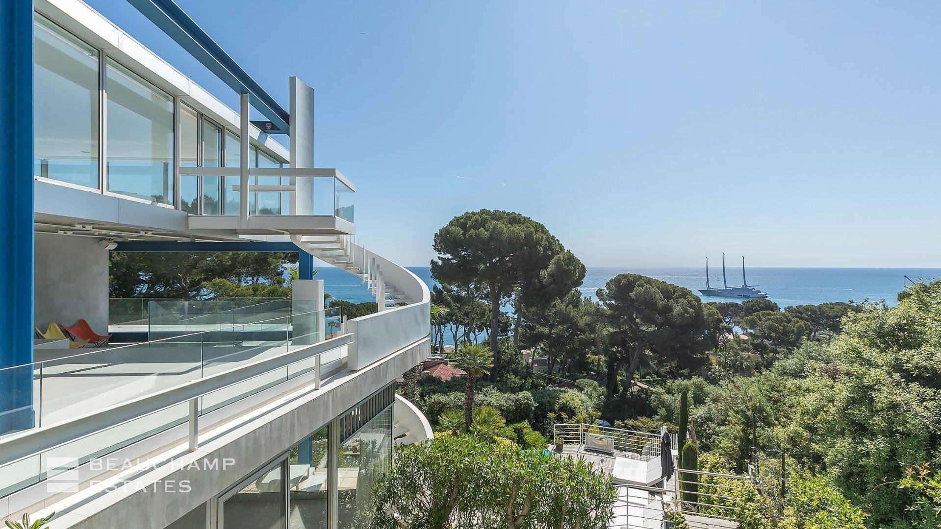 Cap d'Antibes, Architect House of 4 Bedrooms with Incredible views