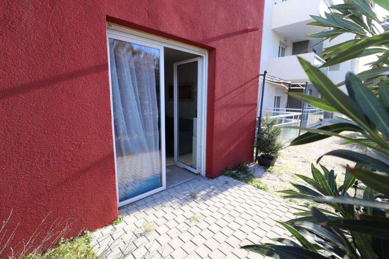 Perpignan, T3 récent à vendre. Terrasse et parking