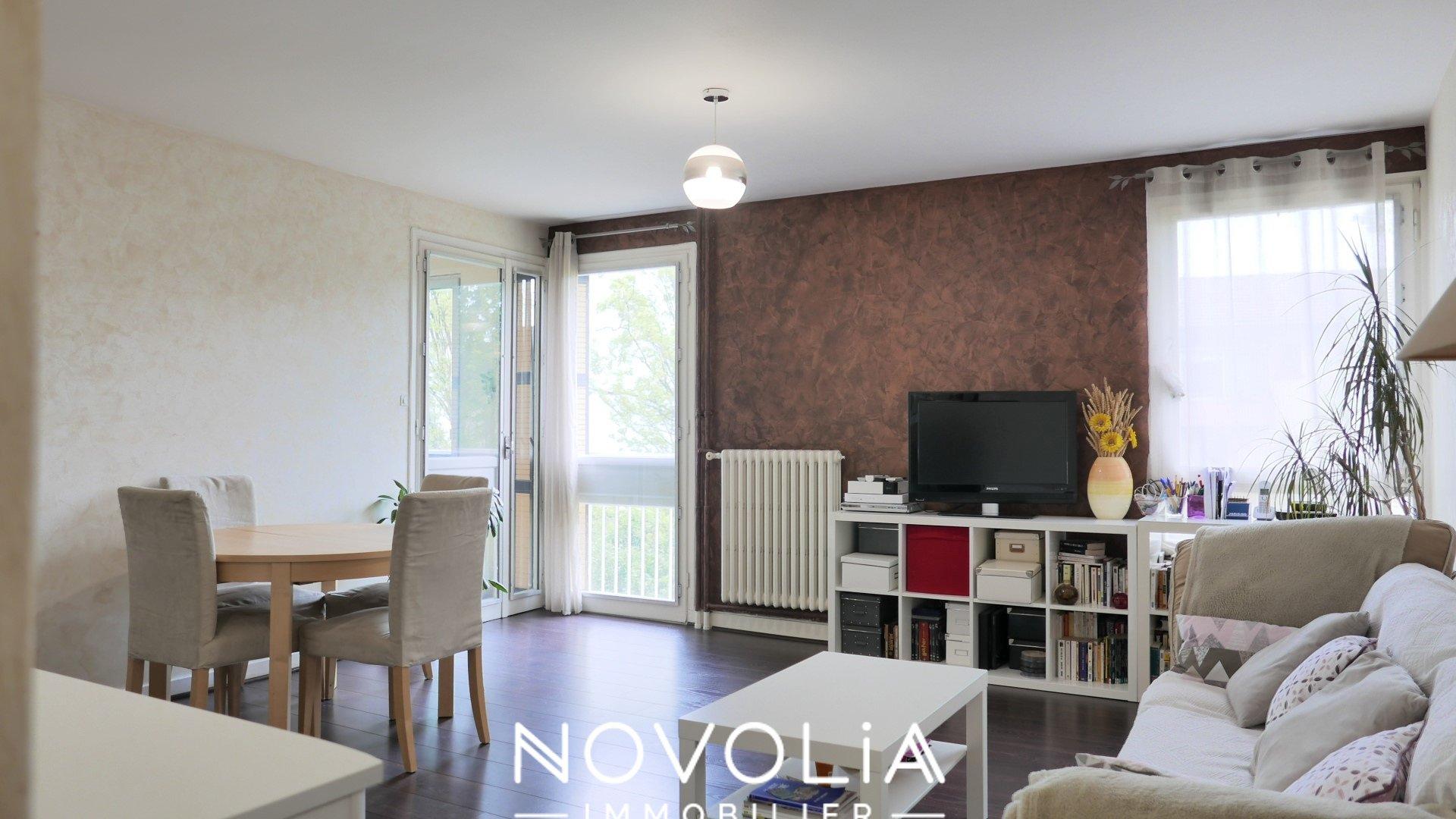 Achat Appartement, Surface de 70.09 m²/ Total carrez : 70 m², 3 pièces, Vénissieux (69200)