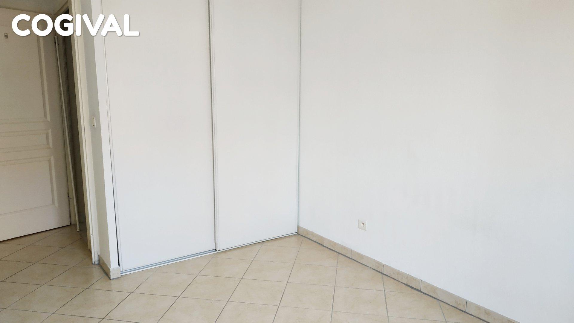 Bel F3 de 61m² dans résidence récente avec terrasse et double parking