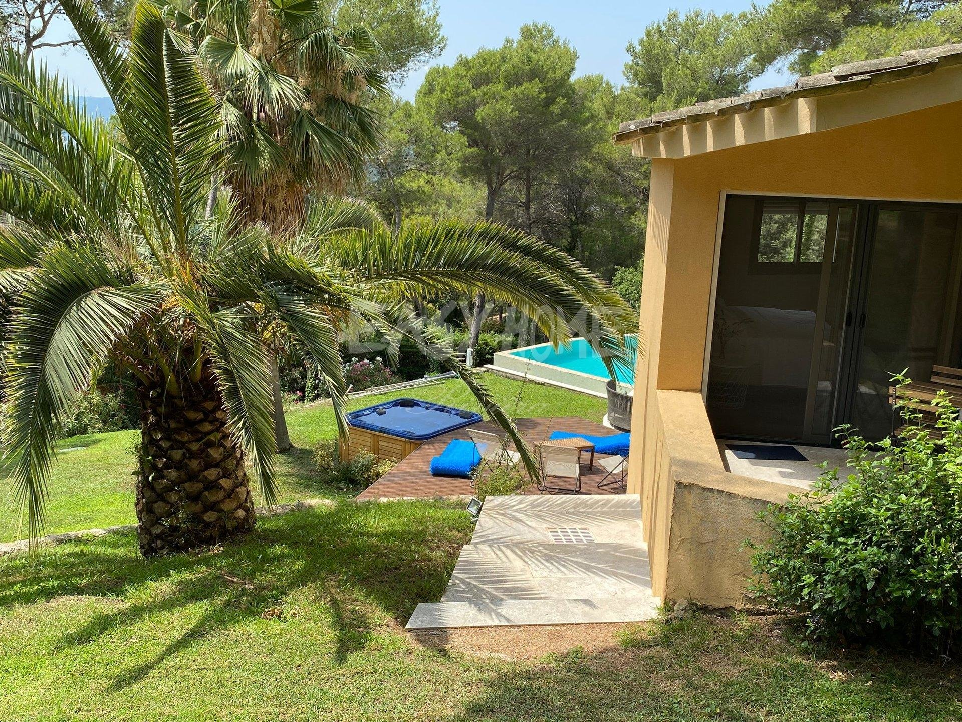 Purchase / Sale Villa in Mougins - View of the old village