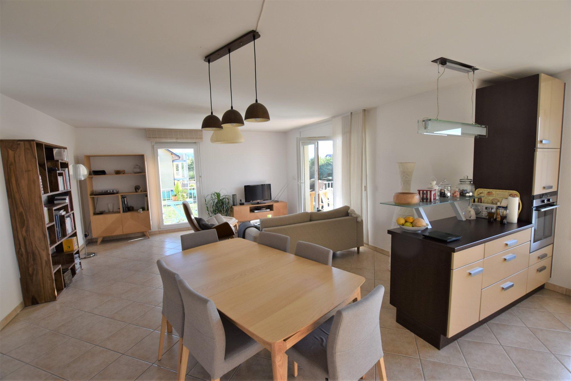 A vendre grand T3 85 m² - NEYDENS