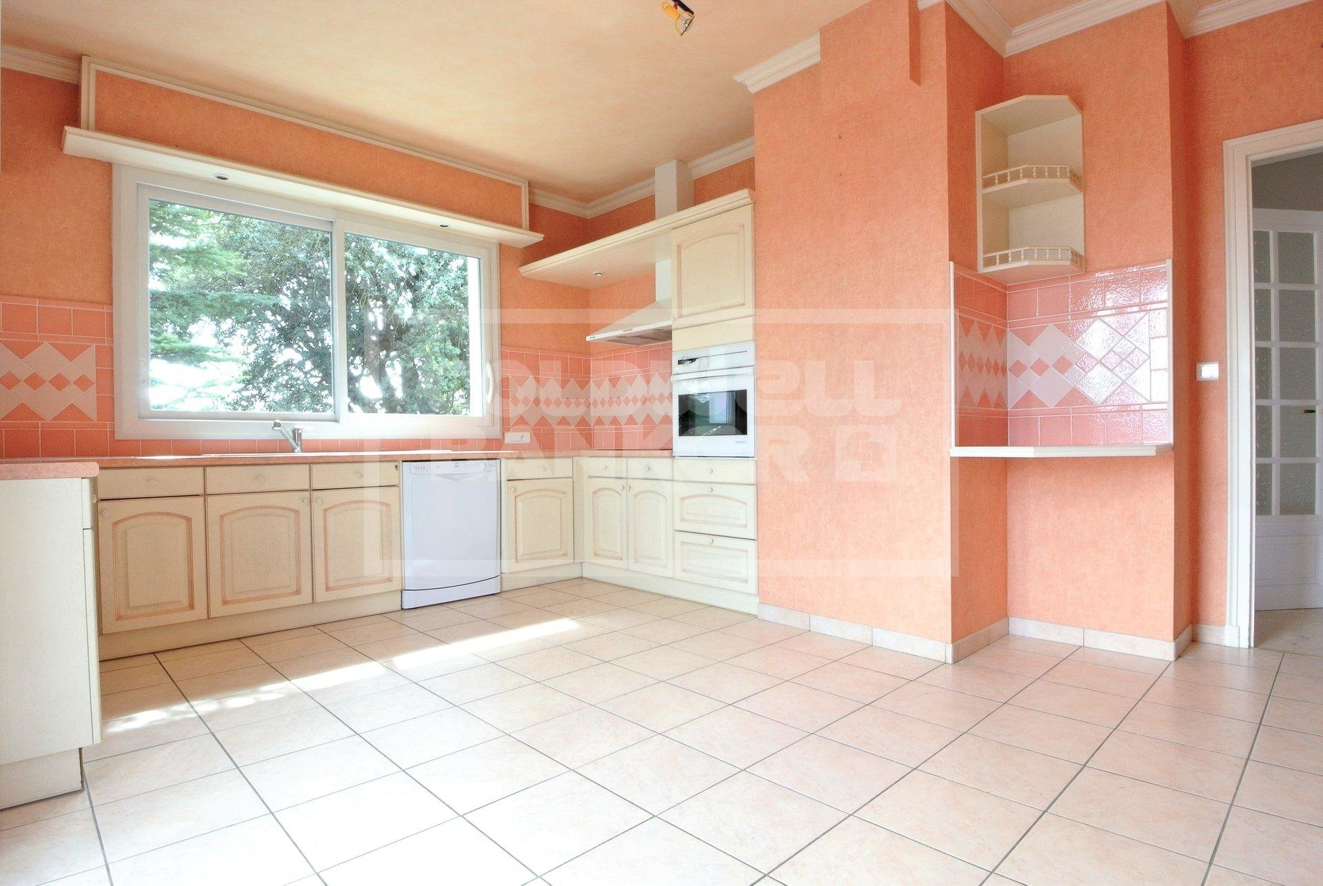 3 bedroom Appartment for Sale in Le Chay Royan