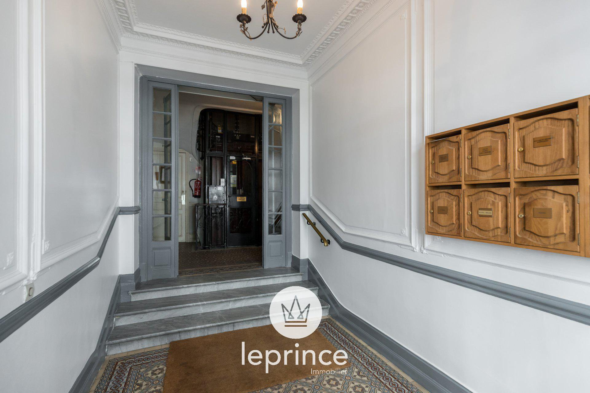 Nice Carré d'Or - 3 Rooms Apartment 84m2