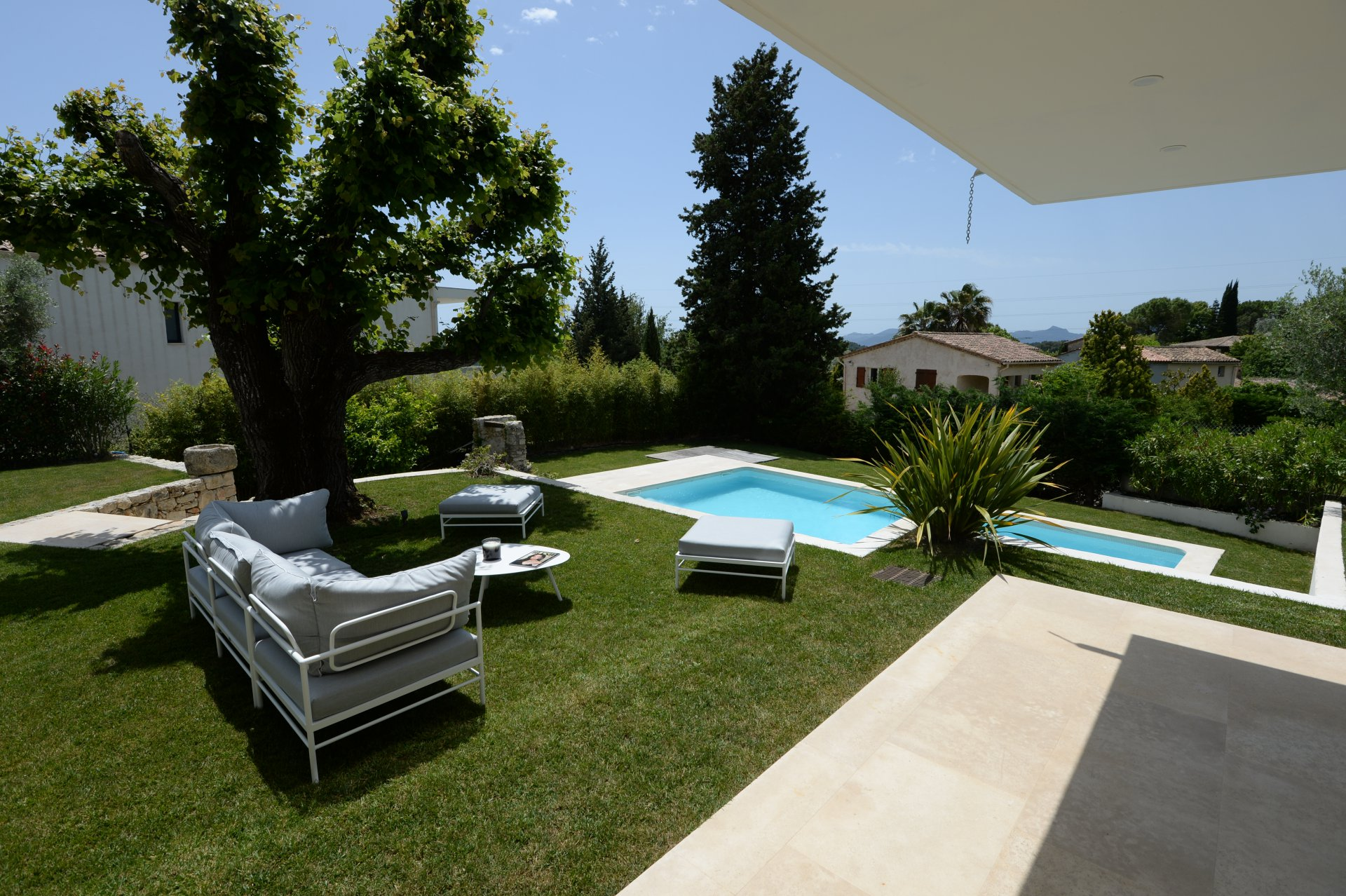 Mougins - Rental villa contemporary, 6 rooms with swimming pool
