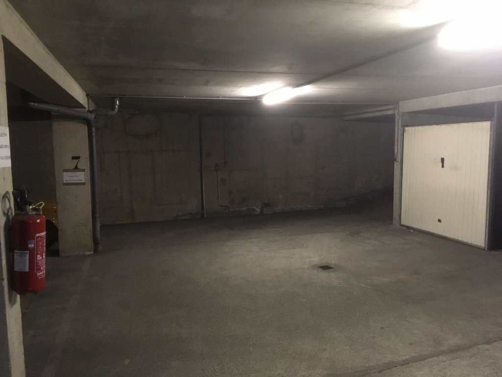 Emplacement de Parking - Paris 15 ème