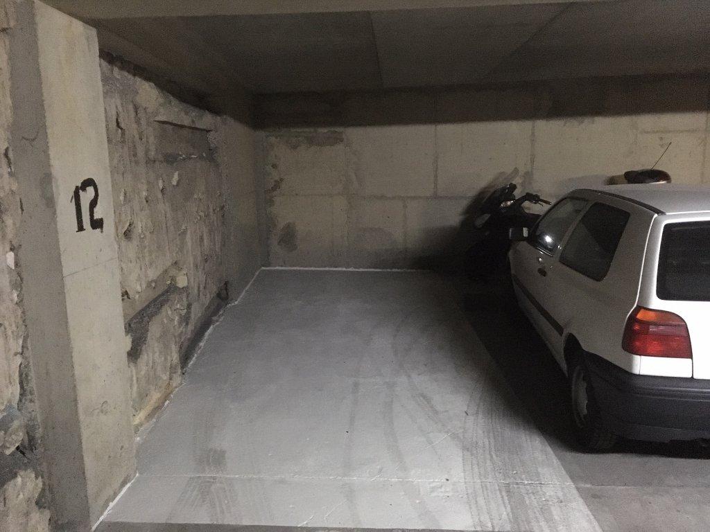 Emplacement Parking - Paris 15 ème