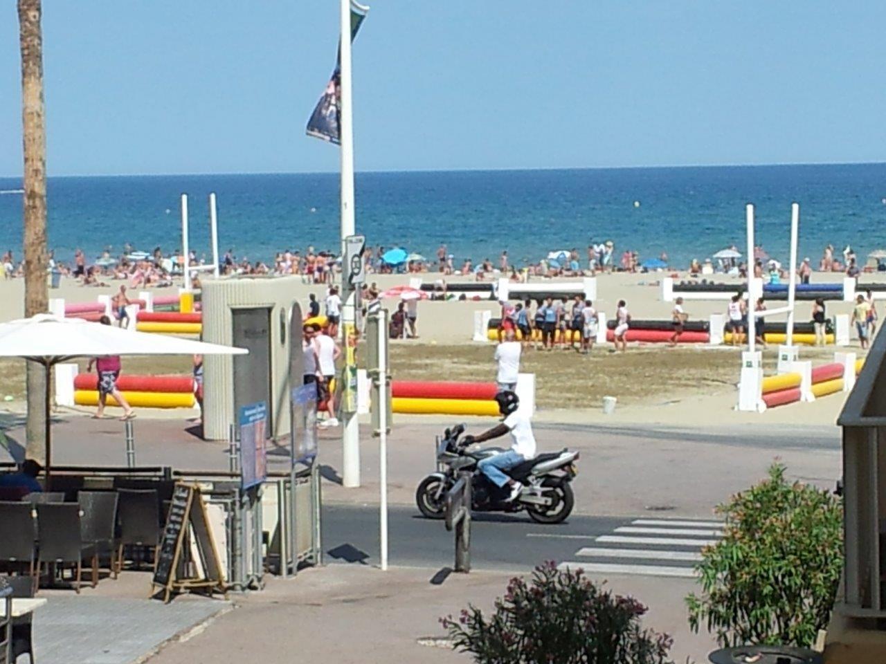 Canet-Plage F3 à 50 m de la plage avec terrasse de 8 m²