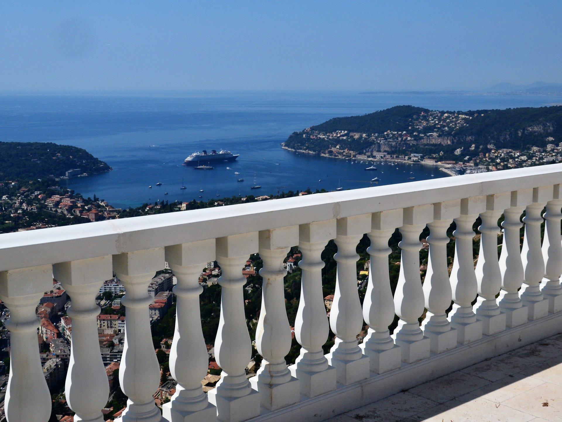 Villefranche-sur-Mer - Luxueuse nouvelle villa avec vue