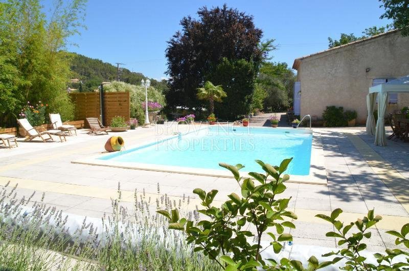 Property consisted of a main house and 3 indépendant gites
