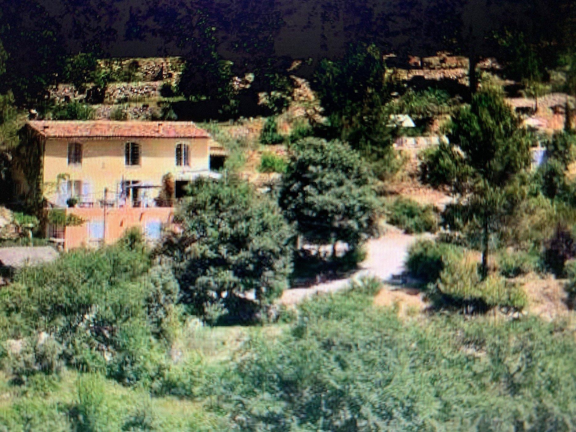 Belle villa dans la nature avec superbe vue