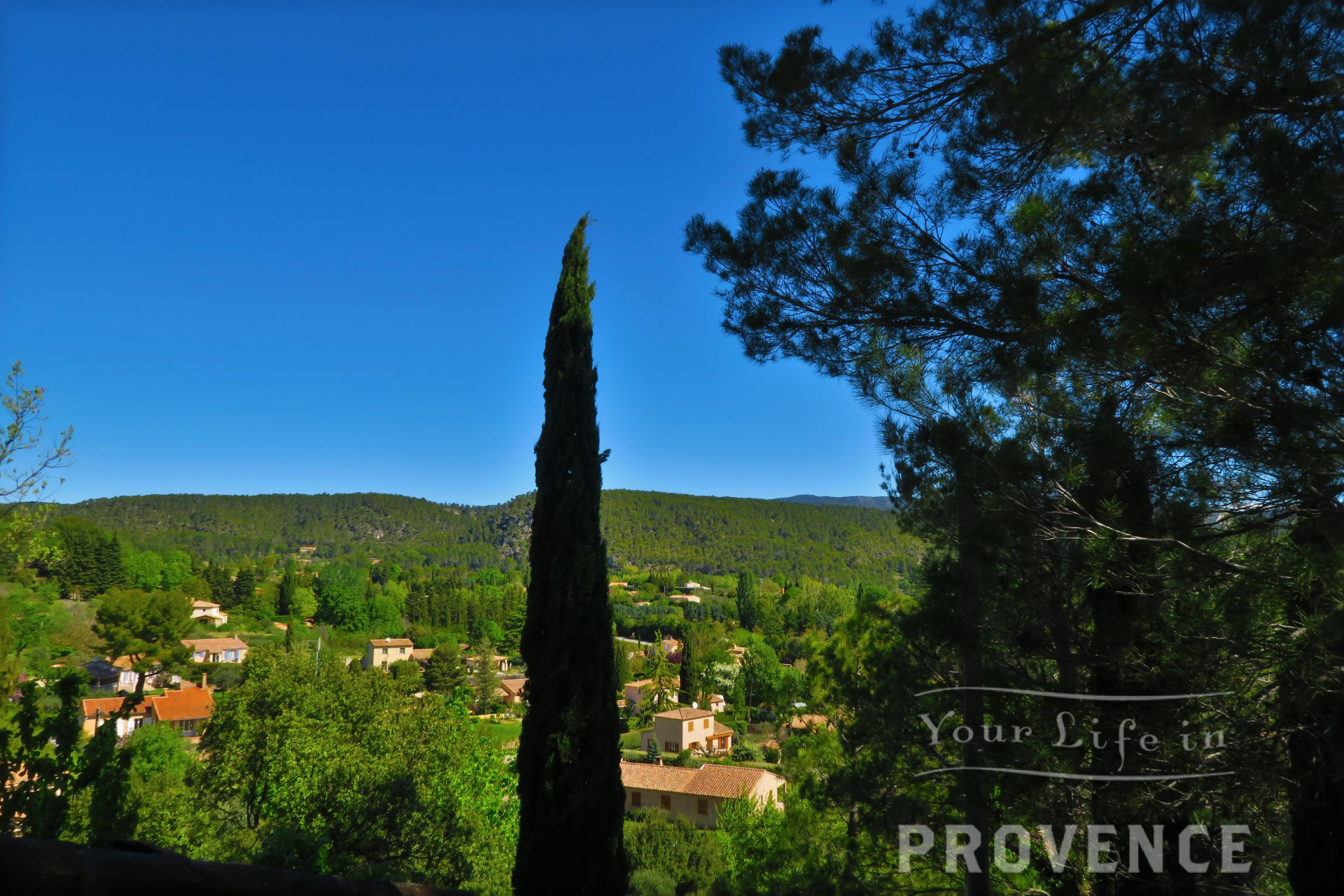 EXCLUSIVE SALE    Stunning double property with open views on salernes