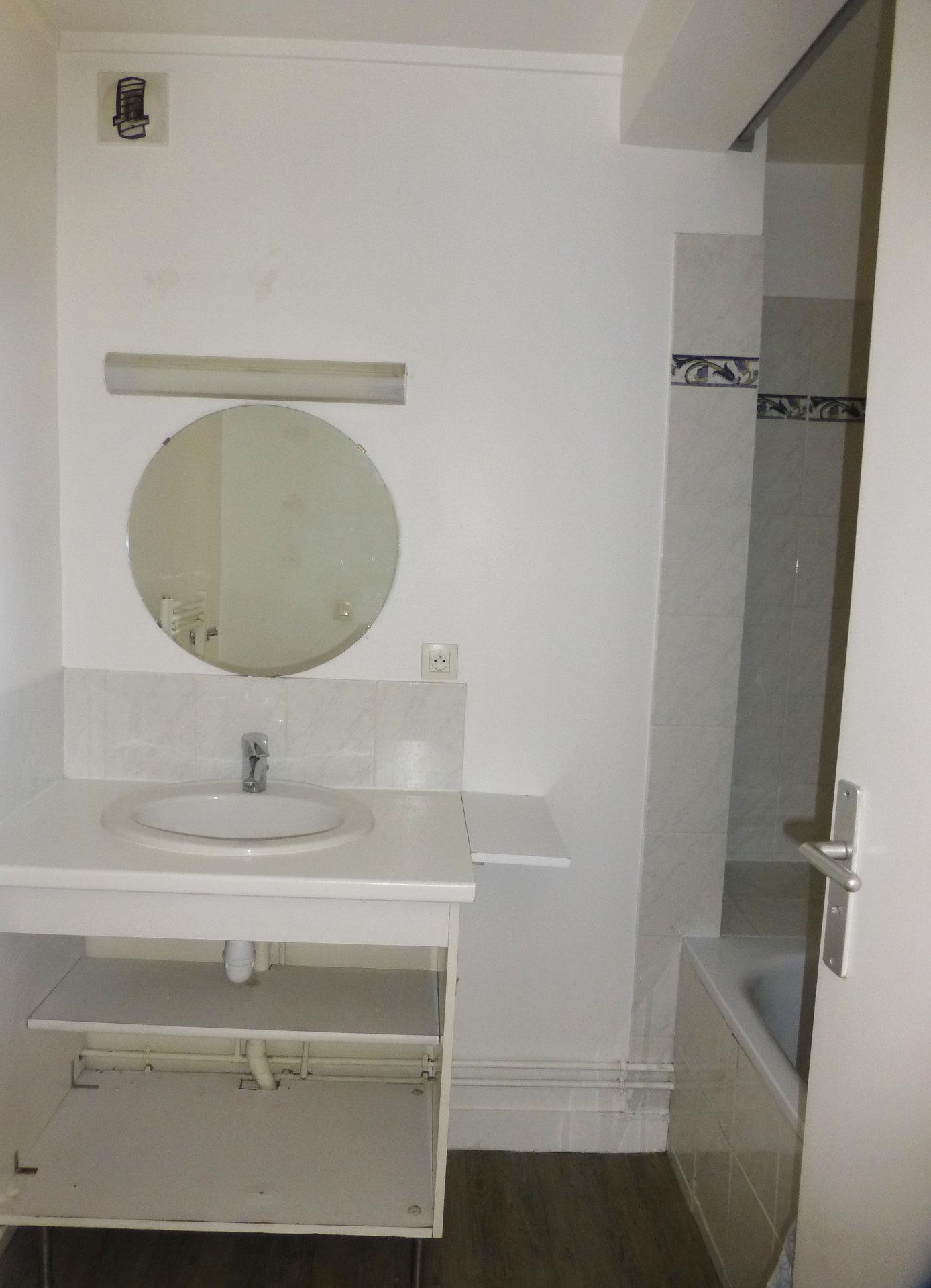 Appartement 3 pièces 69 m² 75116 Paris