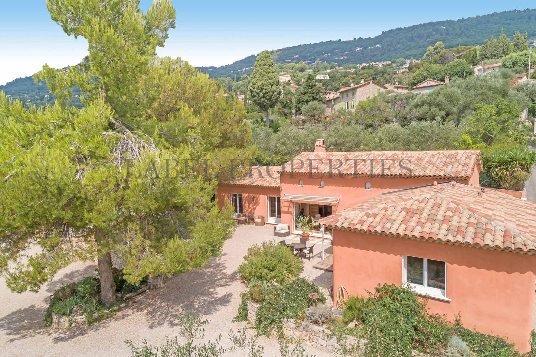 Close to Mougins (10 minutes)