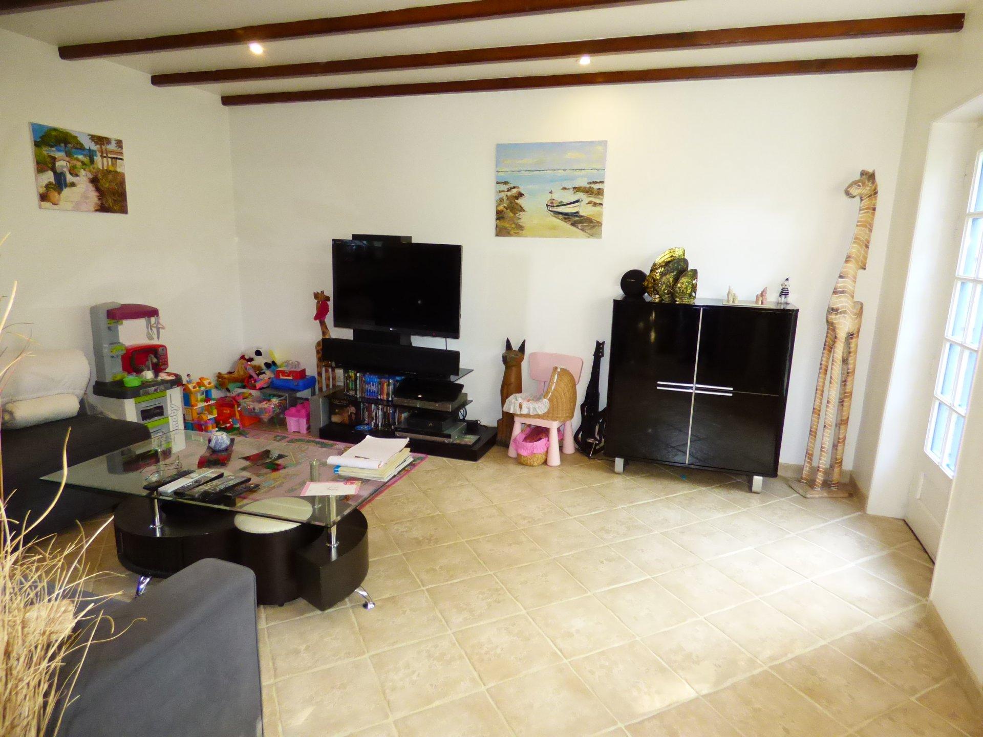 Sale House - St Servais