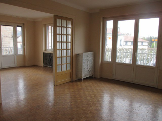 SAINT-CHAMOND, APPARTEMENT 2 CHAMBRES