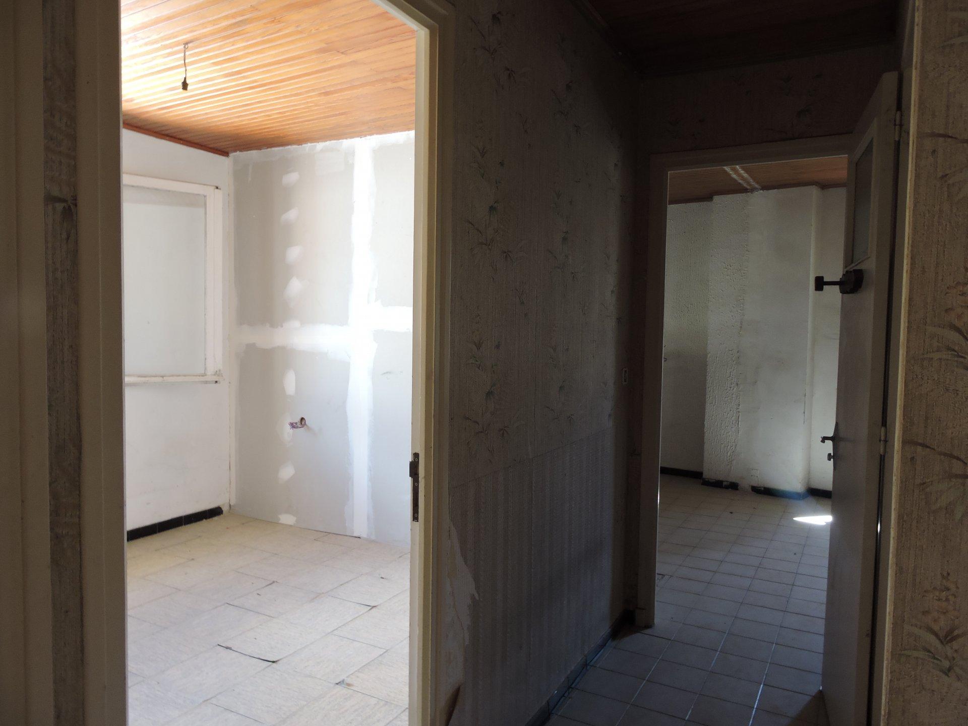 St Paul de Fenouillet Immeuble ou Maison 190 m2 Habitable Beaucoup de Possibilité