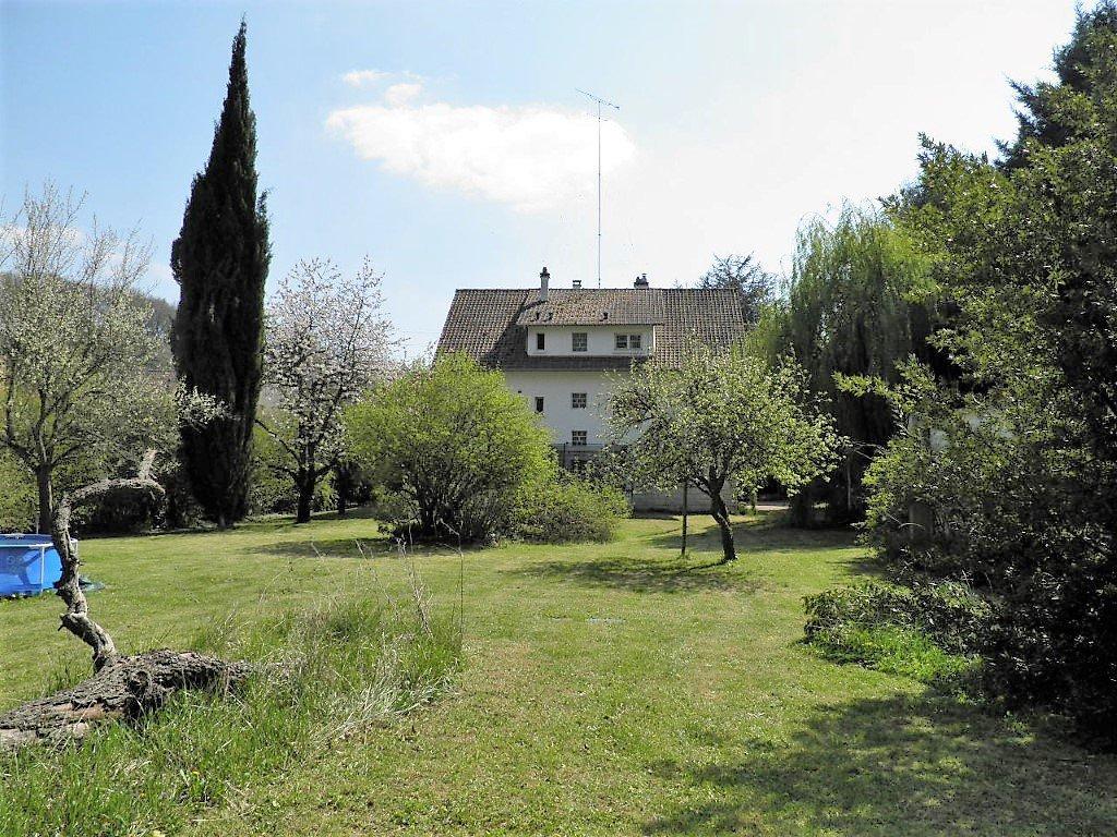 Grand pavillon familial sur 2200 m²