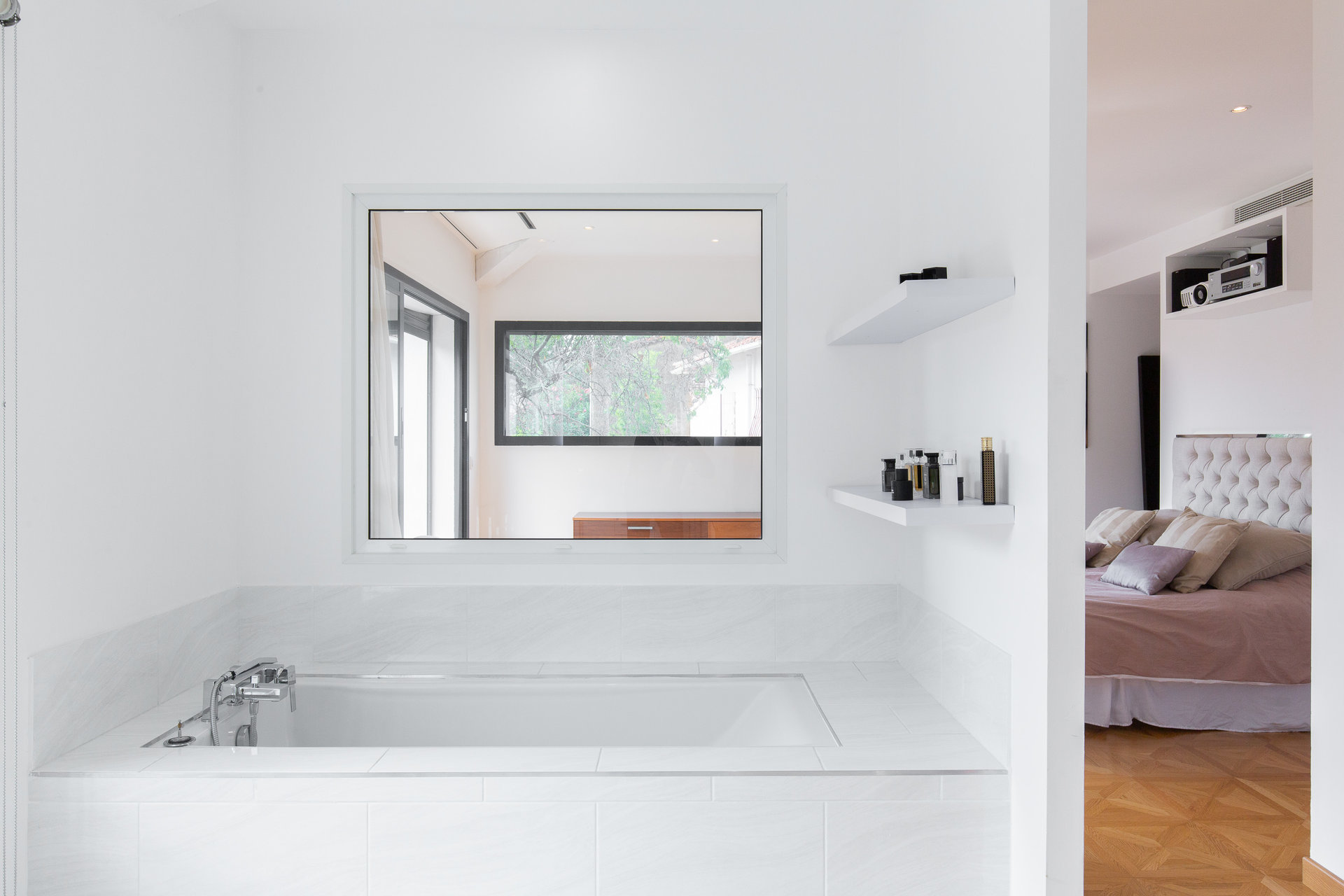 Le Cannet Pen Chai  Contemporary villa of 200 Sqm with swimming pool