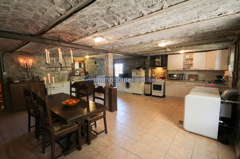 House on a quiet location for sale in the Morvan in Burgundy