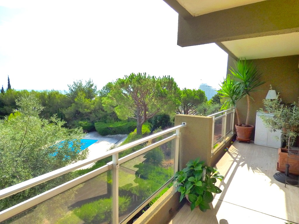 2 bedrooms flat with sea view near Nice and Cannes