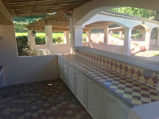 Chateauneuf-Grasse, Villa de plain pied au calme