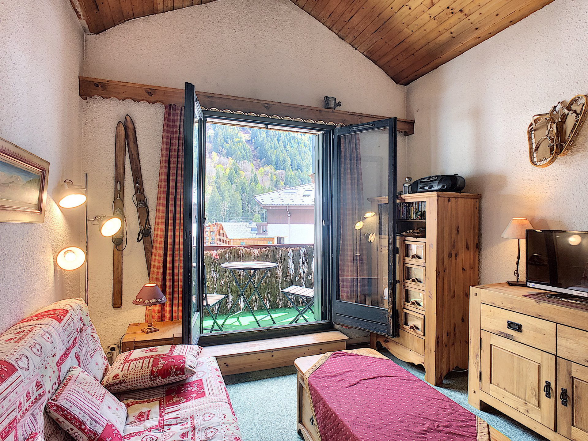 Apartment sleeps 4/6 Chamonix centre