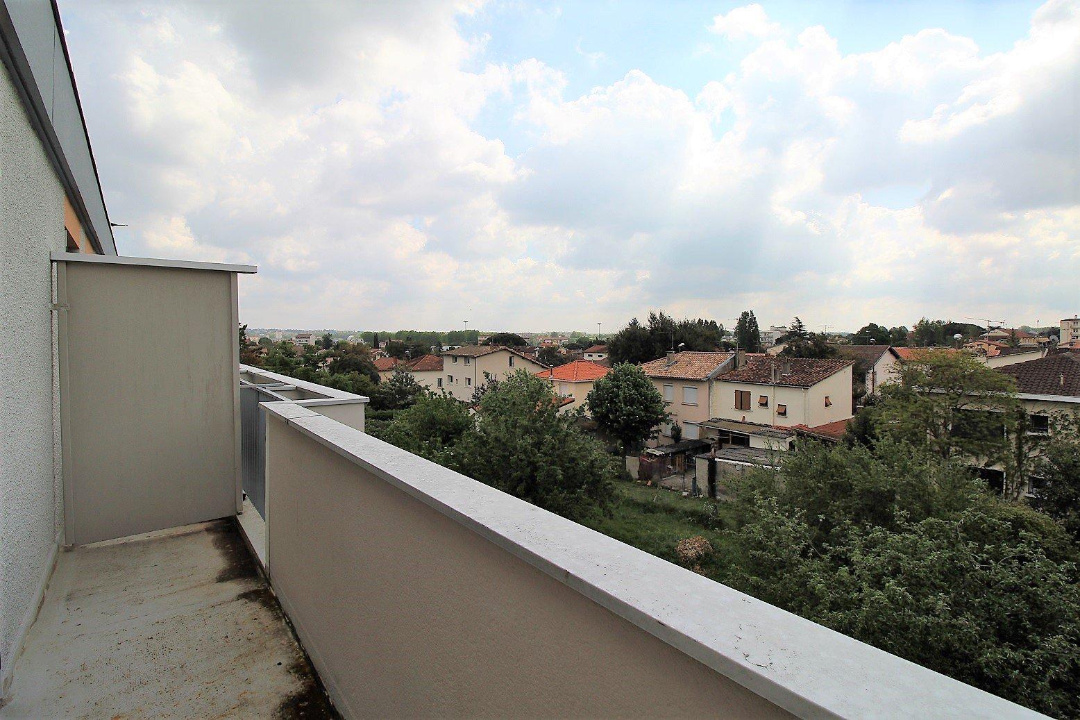 Rangueil , T1 meublé de 23 m² avec parking et balcon