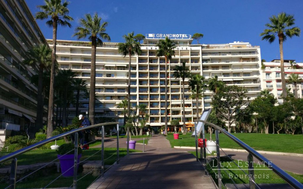 For sale - Cannes Croisette