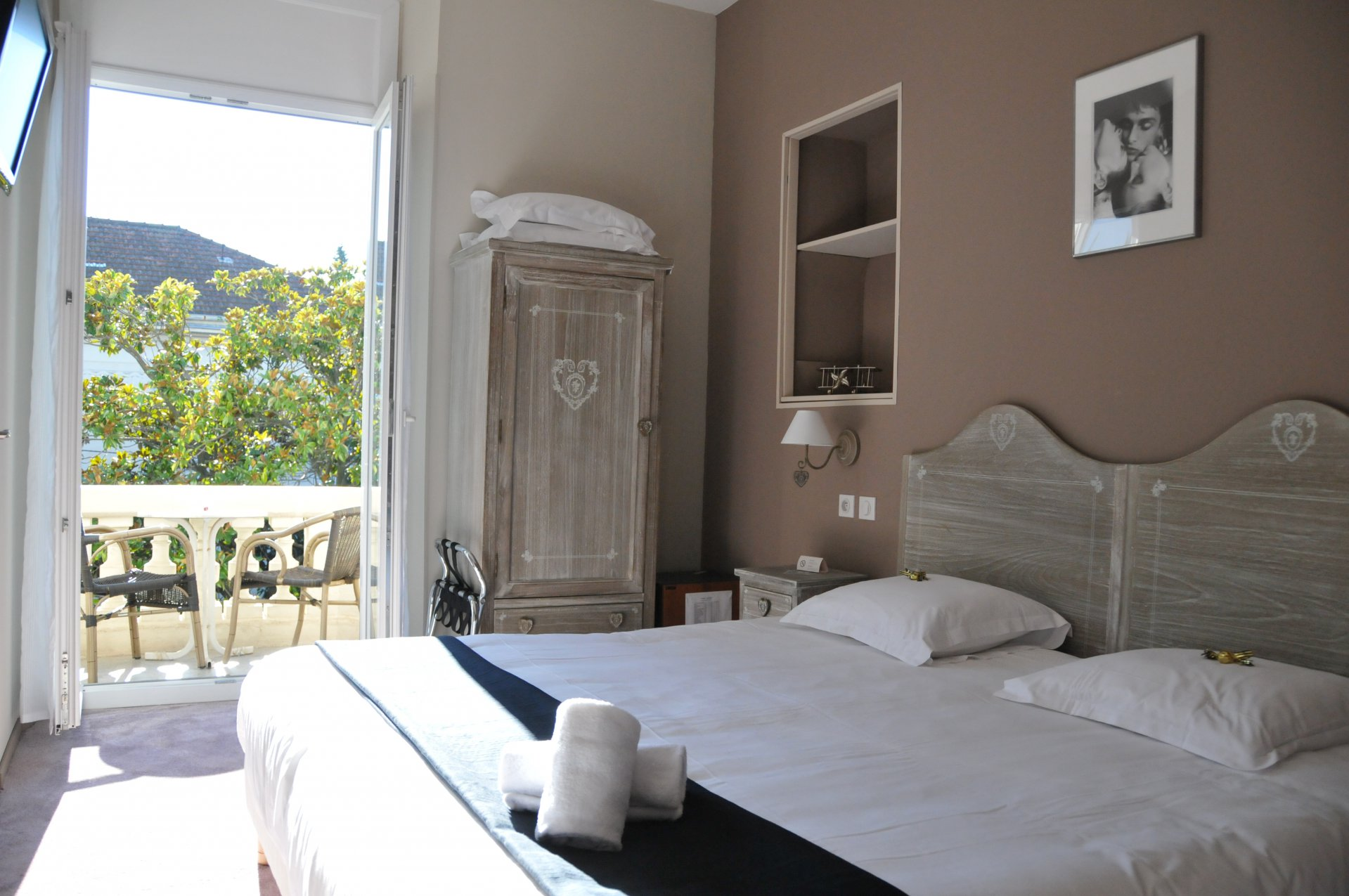 Mansion, hotel 300 m²