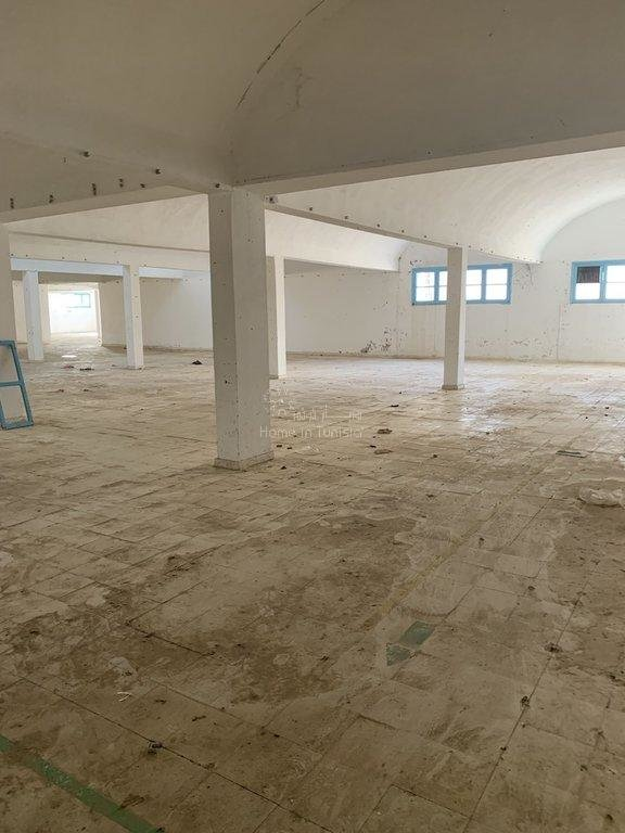 Entrepot, dépot, usine à louer à Tunis