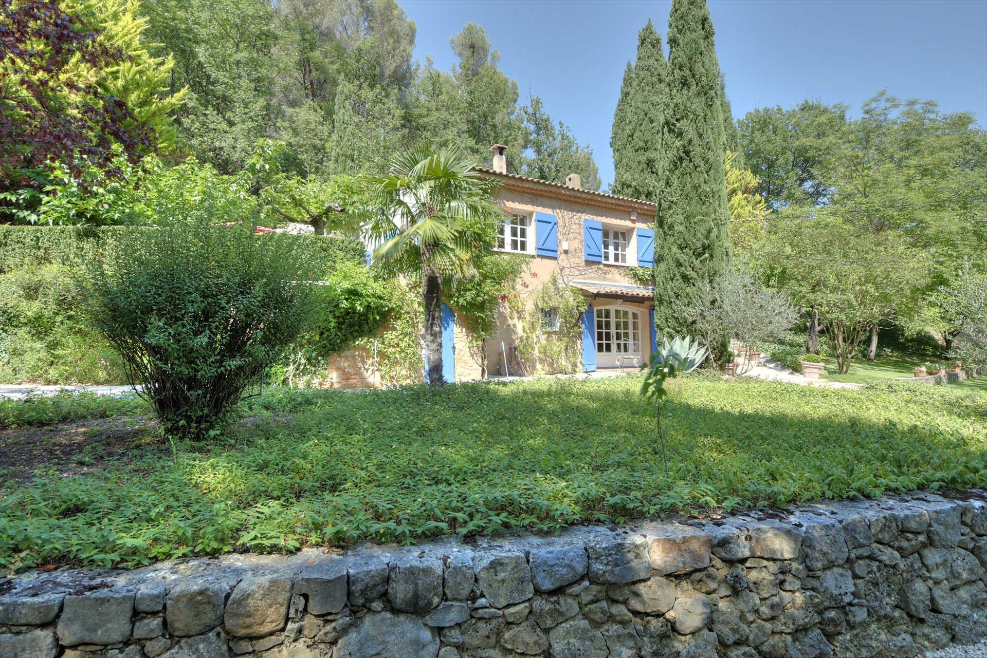House with pool Montferrat