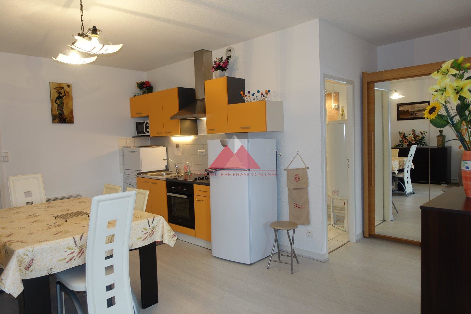 Appartement 2 pièces avec place de parking