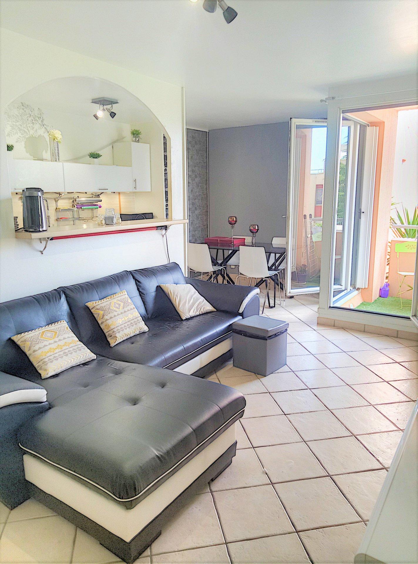 Saint-Laurent-du-Var (06700) - Appartement 2 pièces - Terrasse - Parking