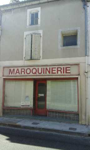 Building to be restored - Near Mansle