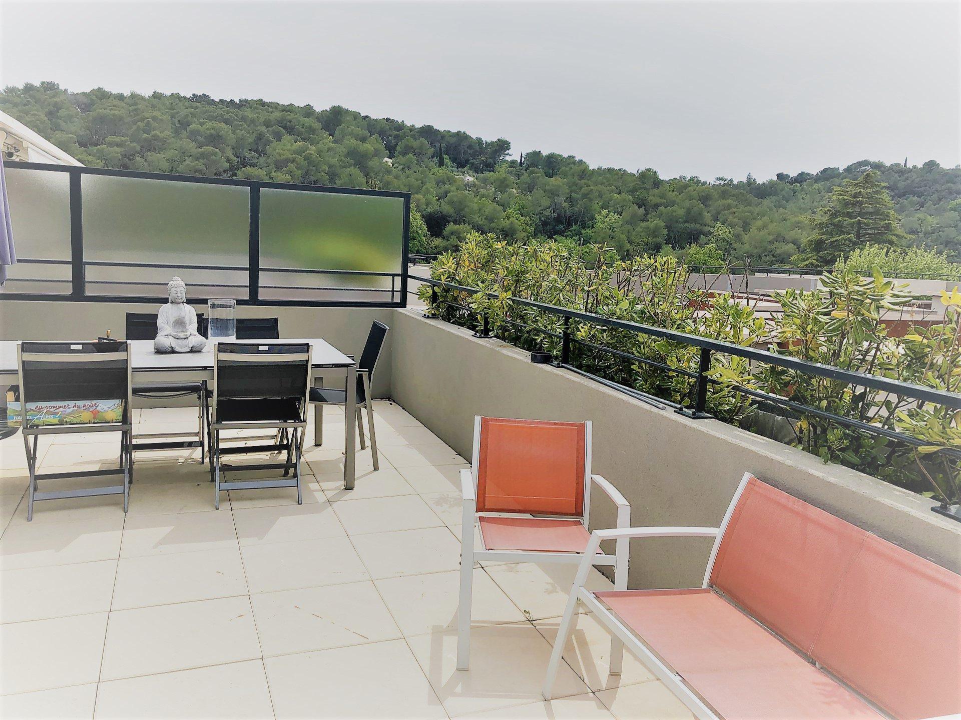 La Colle sur Loup (06480) - appartement 4 pièces - 2 parking