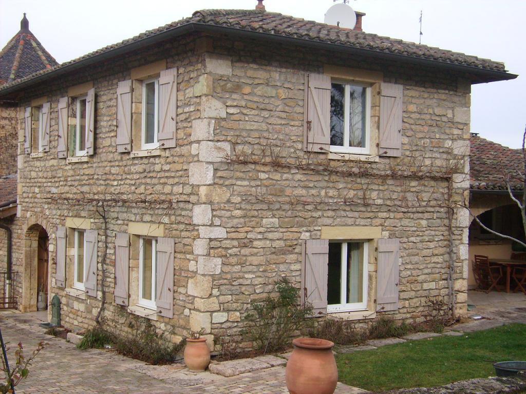 Reconstruction 2001, Maison en pierres 125m² sur terrain 1845 m²