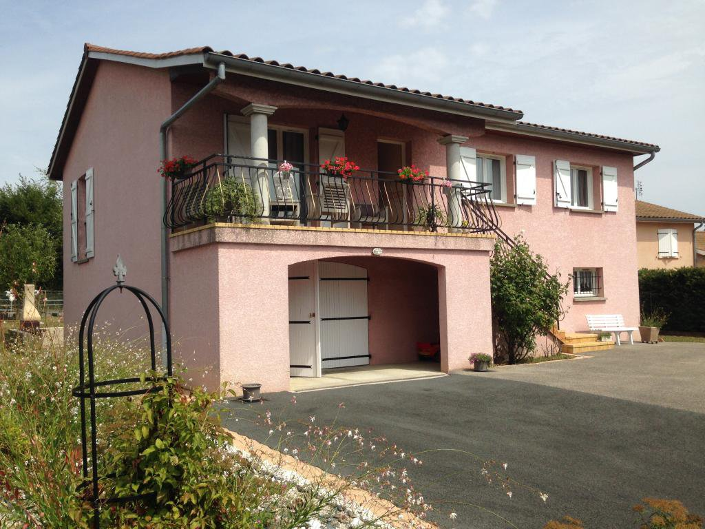 Maison de 131m², 5 chambres, terrain clos 812m²
