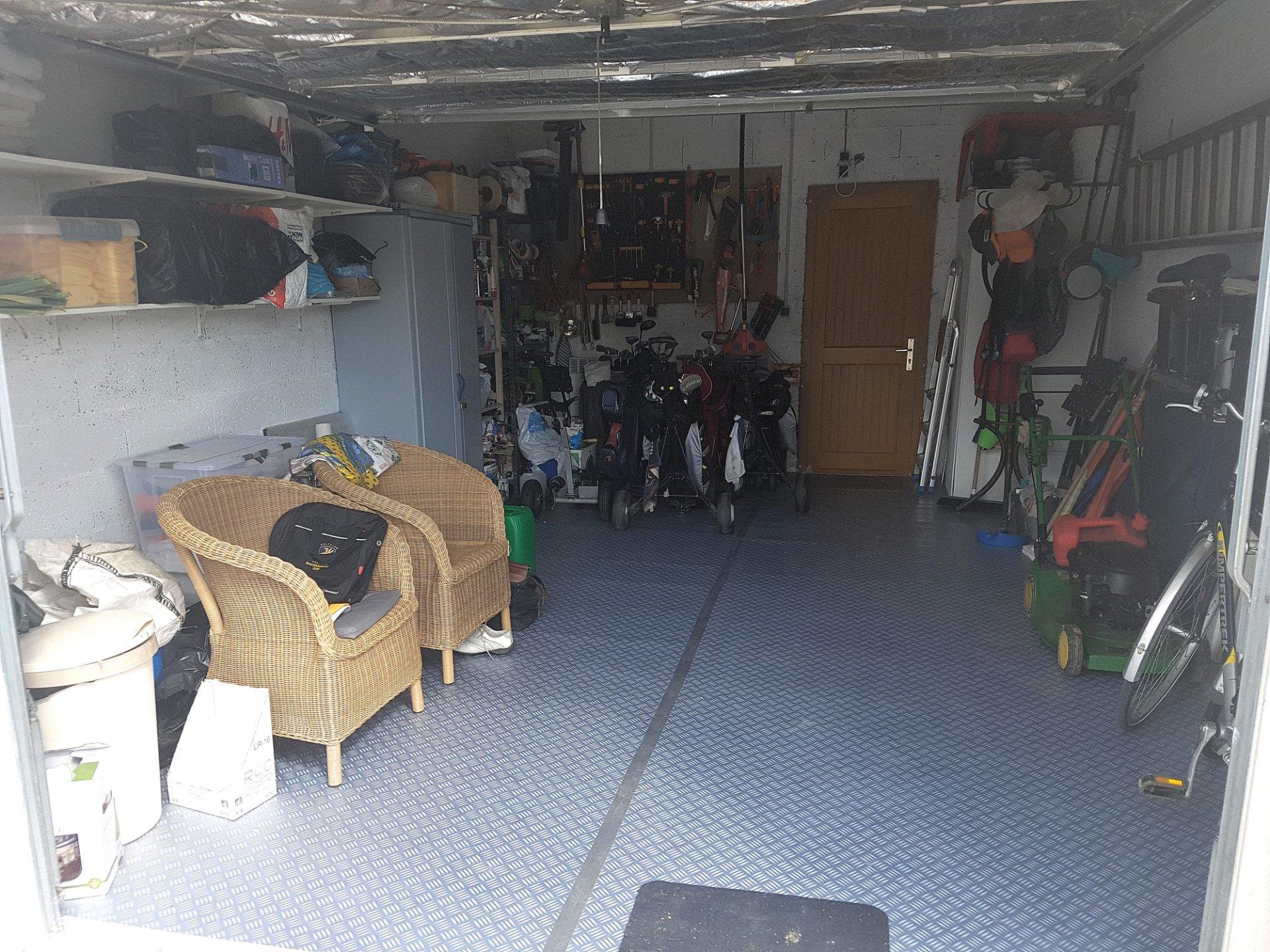 Deux-Sevres 79, golf Les Forges: maison avec garage et vue