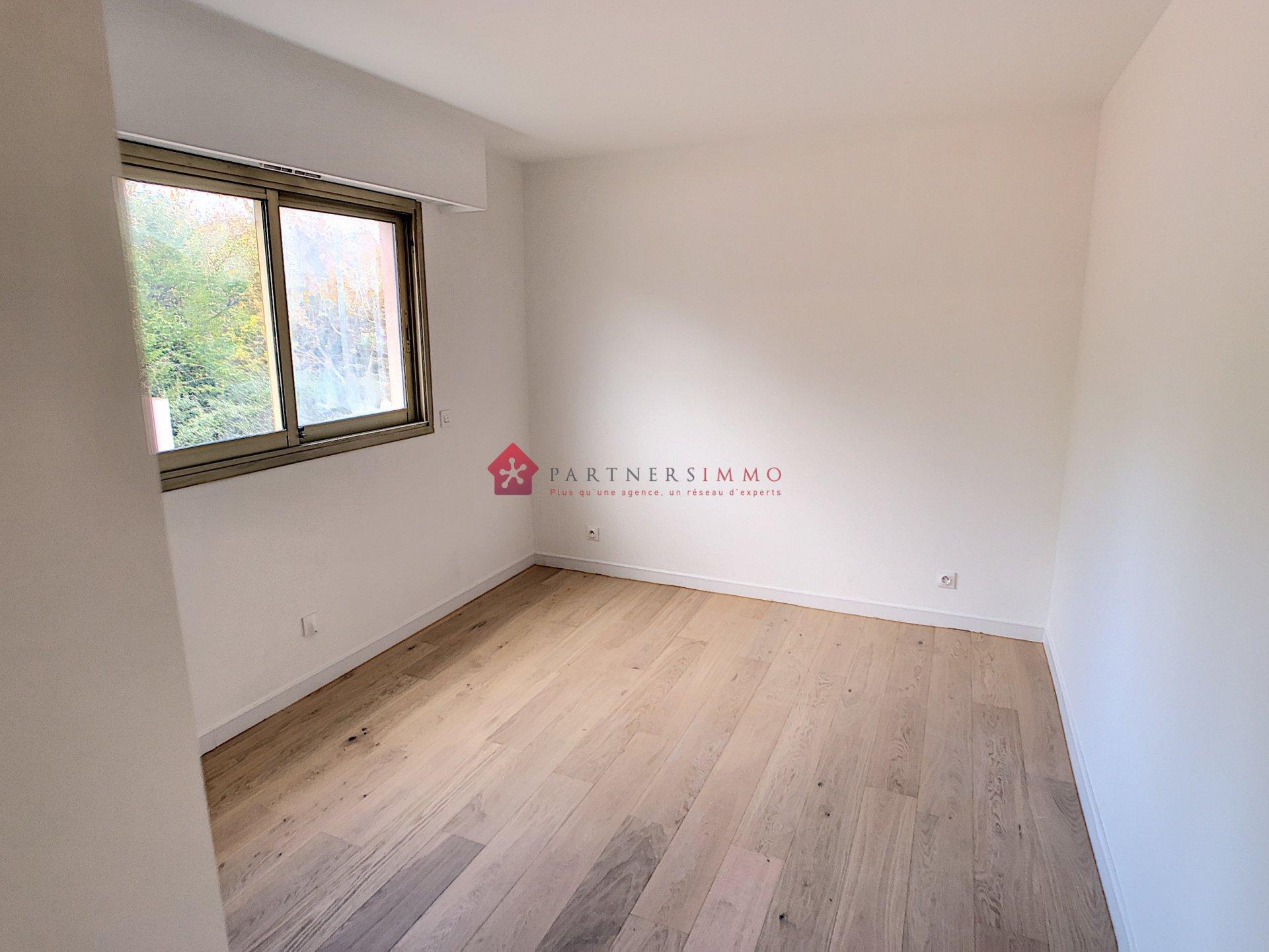 Sale Apartment - Villeneuve-Loubet Plage