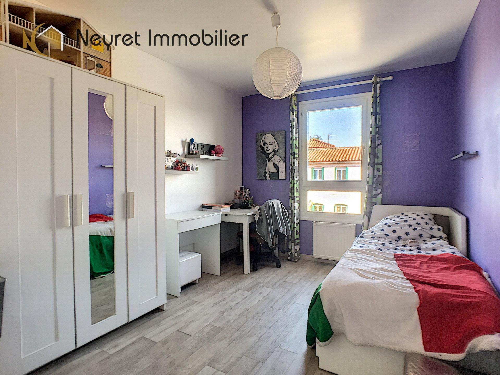 Appartement dernier étage - terrasse T4 88m2 Vourles