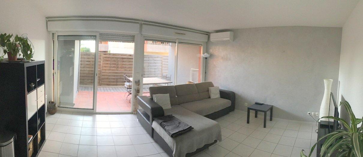 Appartement T3 dans résidence récente avec parking privé