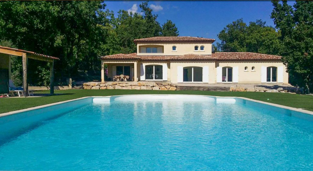 Beautiful modern villa - Montauroux