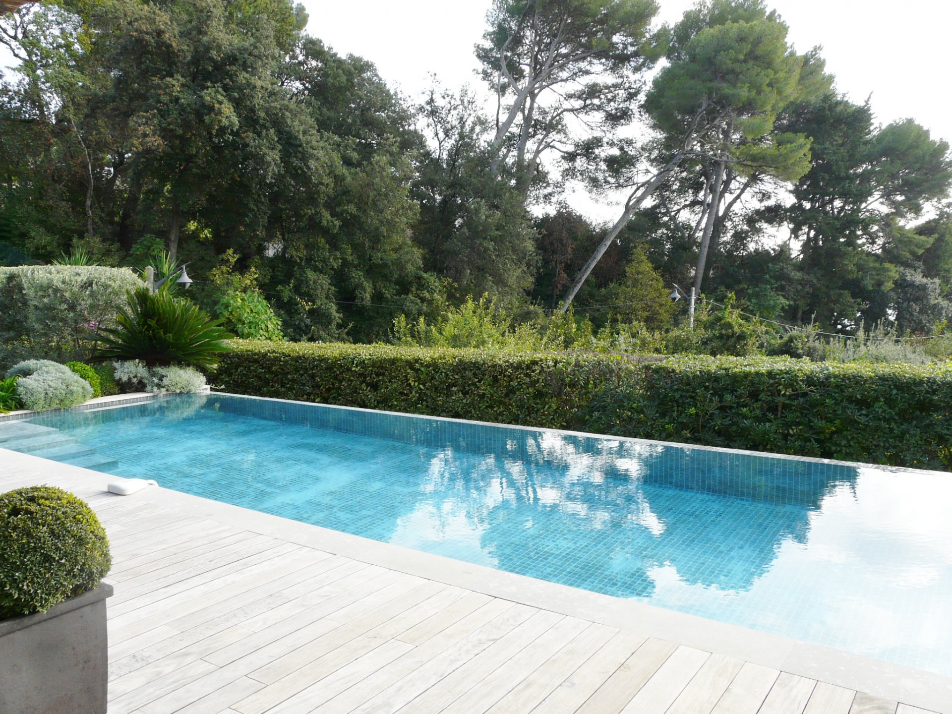 CANNES CALIFORNIA – SUPERB SEA VIEW AND MOUNTAIN VIEW