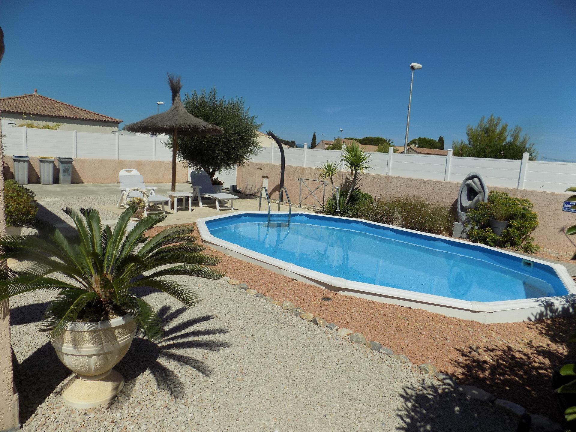Charmante Villa  t4 de plain pied avec garage et piscine