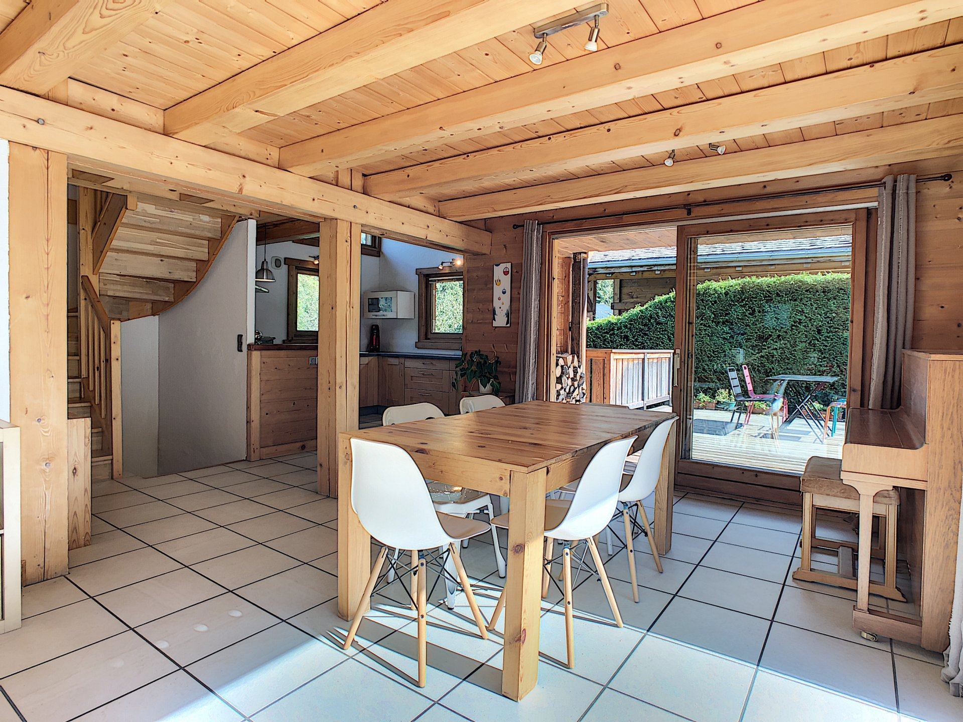 4 bedroom chalet with apartment, Les Houches