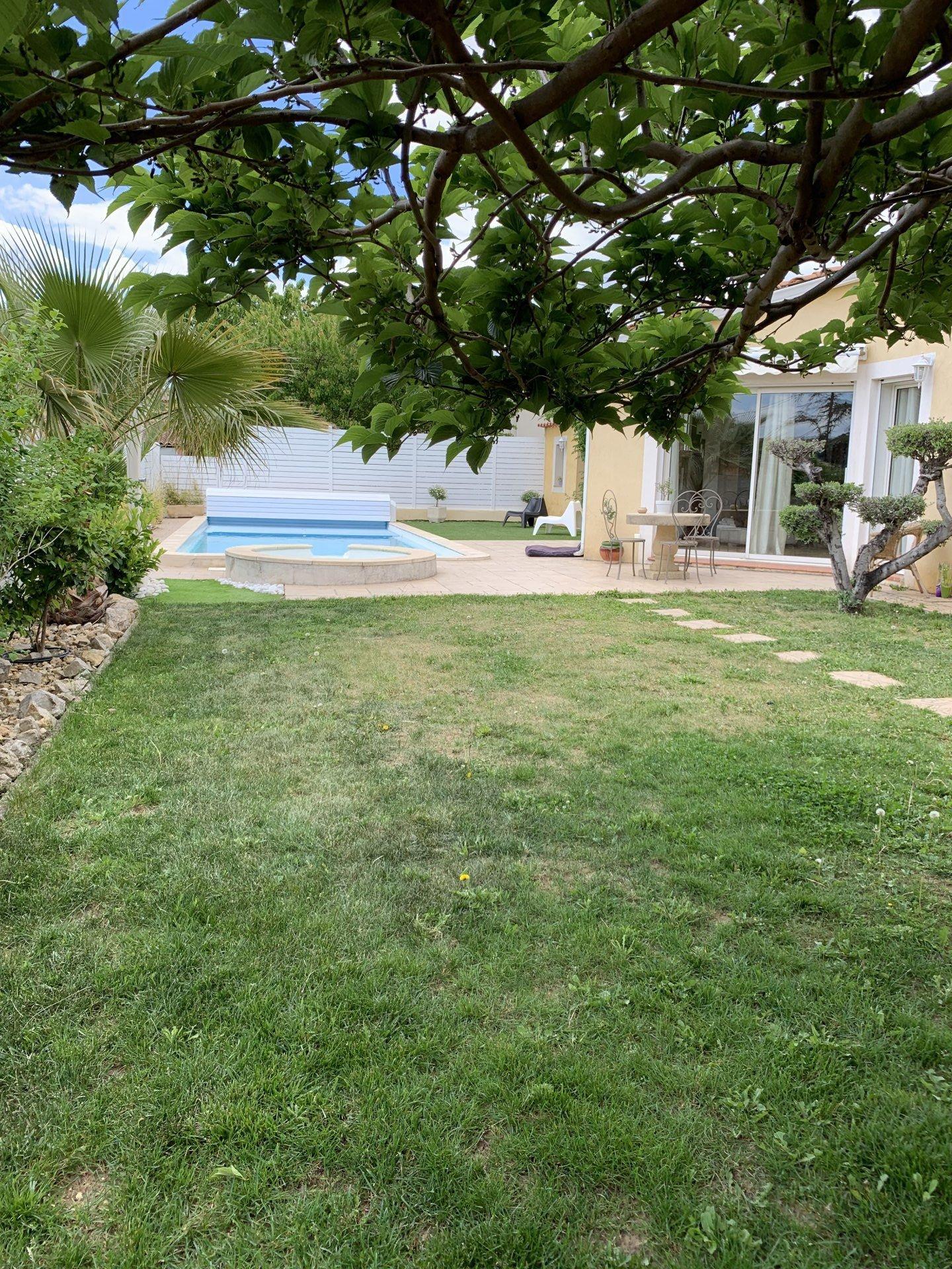 Villa  4 bedrooms