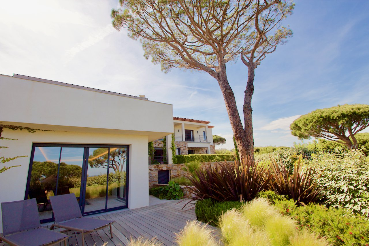Sainte Maxime - Spacious beautifully furnished villa with 180 ° view of the bay of St. Tropez