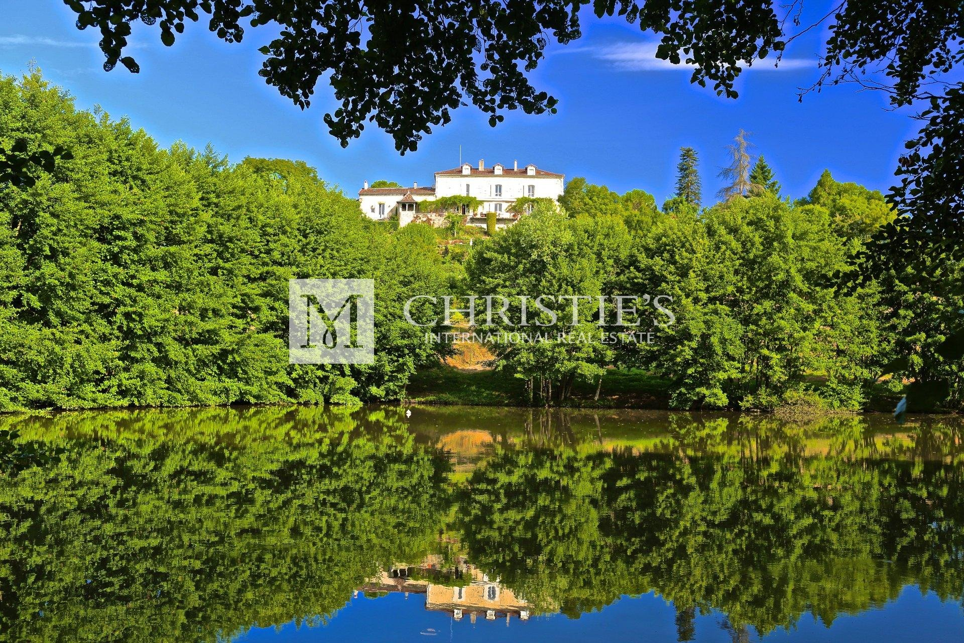 Exceptional property in the Dordogne