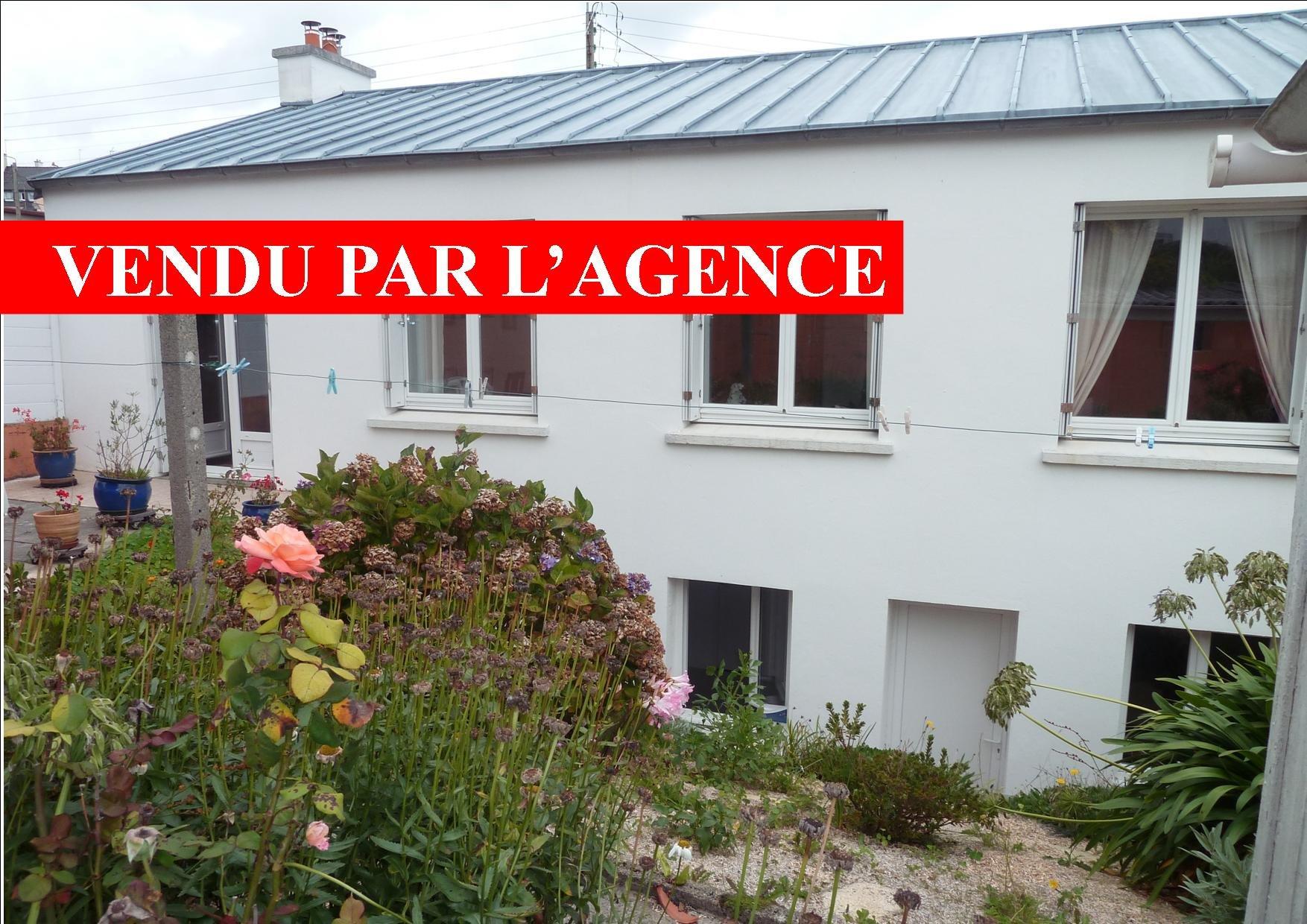 LUMINEUSE 3 CH. EXPO SUD GARAGE  JARDIN